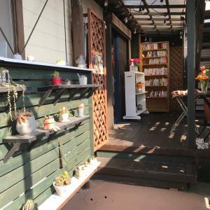 成田の小さなブックカフェでひとり隔離@巣ごもりcafe