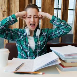 中学受験|小学校の冬休みの宿題と受験勉強の追い込みをどう乗りきるか?