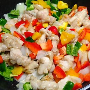 落花生で「鶏肉のナッツ炒め」