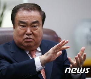 【韓国】先の天皇陛下に謝罪を要求し、取り消しも謝罪もしないムン・ヒサン、来月4日に来日