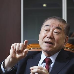 【韓国】大統領特別補佐官「日本は韓国に8億ドルを支払い、6800億ドルの利益を得た」