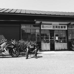 2020.7  バイクと駅舎と僕と・・・