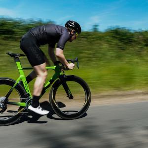REAP BikesからVektaエアロロードバイク登場 何故かリムブレーキバージョンから発売