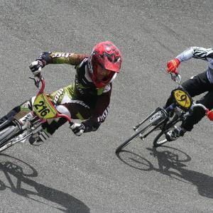 元BMX世界チャンピオンオランダ代表がオフィシャルと衝突して骨折