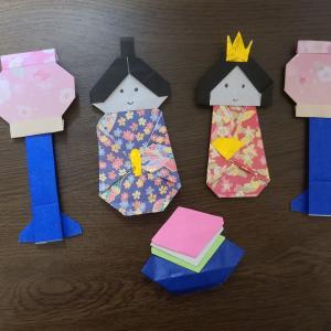折り紙で雛飾り