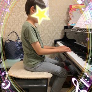 ピアノの弾く時の椅子の高さは、とても大切です。