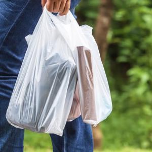 レジ袋製造会社の本音「ポリ袋、実はエコ」 その理由に納得2020年7月1日から全国で始まった、プラスチック製レジ袋の有料化。