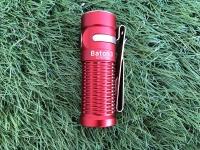 ワイヤレス充電ケースが付いた小型携帯用ライト・OLIGHT Baton3 プレミアム