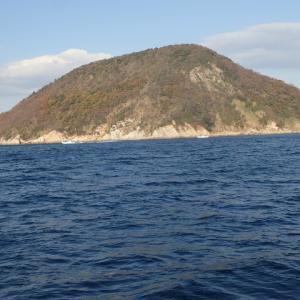 タチウオ釣りに行ってきましたが、途中から風と波が強くなり1匹も釣れませんでした。(´;ω;`)ウゥゥ