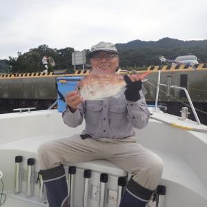 HIGASIさんと一緒に青物狙いで釣行しましたが・・・(´;ω;`)ウゥゥ