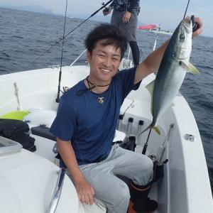 広島のKさんと友人の4人で釣行しましたが、結果は散々でした・・・(´;ω;`)ウゥゥ