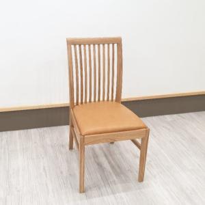 皮張りダイニングチェアーGREENシリーズ岩倉榮利氏デザインのシンプルで飽きのこないモダン椅子を入荷・検品・梱包・出荷