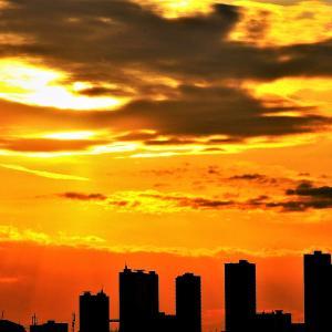 大都会の【落陽】光景