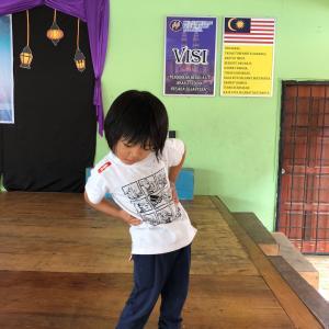 マレーシアでの子供のカットをお願いし方