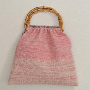 毛糸のバッグ2つ