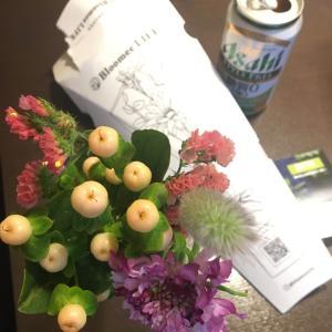 ブルーミーライフさんのお花が届いた日の焼きそば。