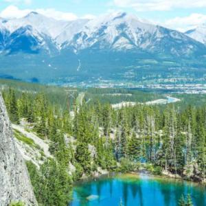 カナダ旅スタート!絶景の湖グラッシーレイクへ!@カナダレンタカー観光