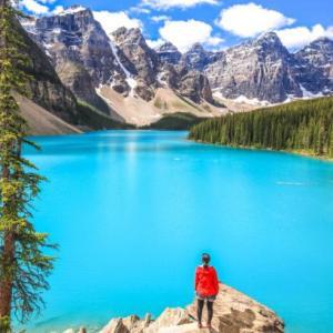 世界一美しい湖!モレーンレイクのベストシーズンは最高の絶景@カナダレンタカー観光