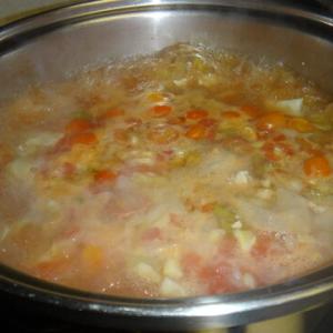 トマトチキンスープと〜メインはアラチェラ