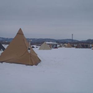 真冬の雪上キャンプ