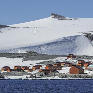南極で気温が20度越え。