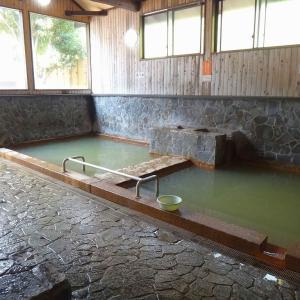 柴石温泉(別府温泉) 歴代天皇も湯治した、シンプルな名泉