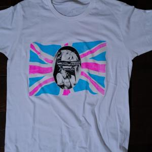 God Save The Mikueen Tシャツ。