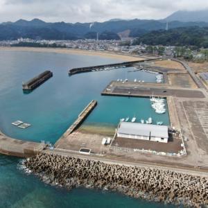 那智漁港の釣り場とポイント|大波堤(堤防)は釣禁止に!、テトラ、チヌ、グレ、那智勝浦町