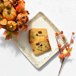 【ホットケーキミックスでふんわり軽い食感のくるみレーズンパウンドケーキを作る♪】