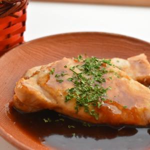 【にんべんさんのメニュー専用調味料「ポークステーキ」で朝からガッツリステーキ♪】