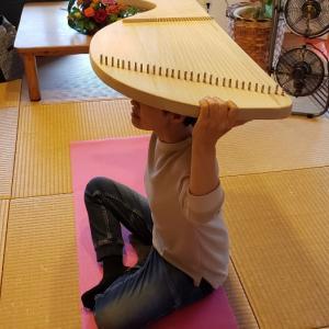 明日です!沖縄市【あがりんて~ら~】さんでのヒーリングライアー体験&ビーワンヘッドスパ体験