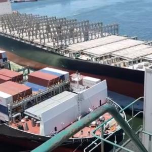 OOCL DURBANの高雄港での事故(2021.06)