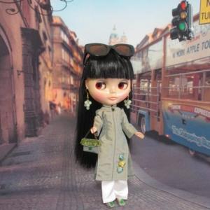 アオザイを着てベトナムへ**パリではネコ柄ワンピ