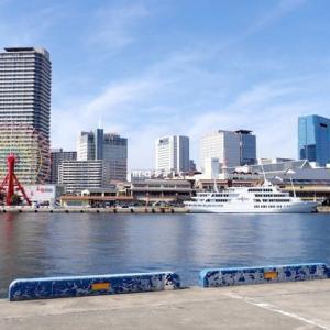 スケッチ・・・朝の光を求めて神戸港へ