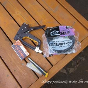 『おばさん小屋を作る』 透湿防水シート貼り