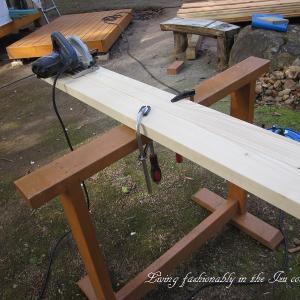 『おばさん小屋を作る』 屋根野地板貼り その2