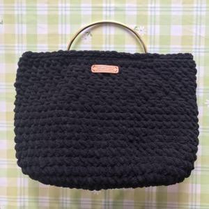 超極太糸で編むバッグ