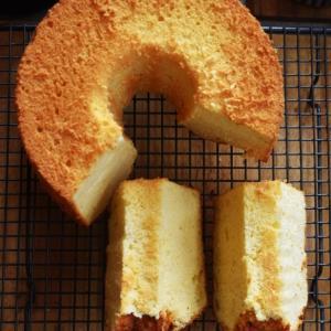 【5月通信講座】シフォン教室 単発「豆乳と白胡麻の和風チーズケーキシフォン」講座。第1弾発送しました。