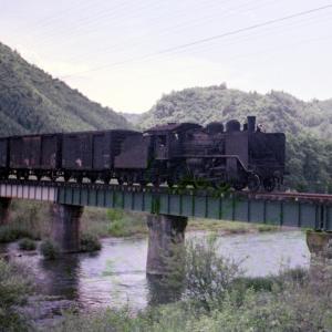 Kさん撮影:人生初の蒸機列車撮影 小海線 C56 1972.7