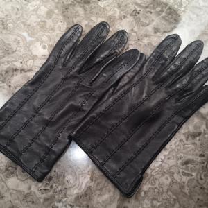 革のオーダー手袋