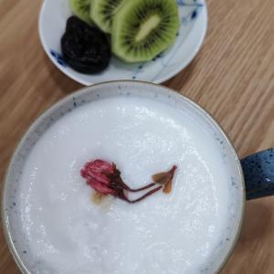 桜のカフェラテ