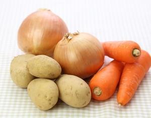 ジャガイモ、人参、玉ねぎ