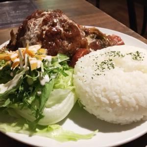 札幌市中央区『CAFEサーハビー』祝10周年!巨大ハンバーグ「磐」を食べてみた!