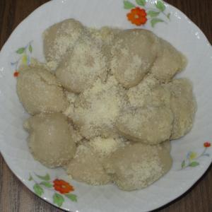 本日の手作りおやつ! (61)・・・粉チーヅ餅!