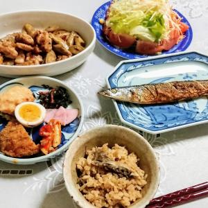さんまの塩焼き、鶏ごぼうなど(実家)