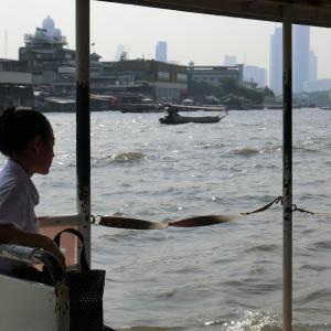 水上バスでワット・アルンとワット・ポーに行ってみよう!