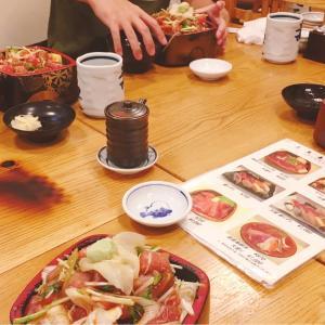 新宿でランチ海鮮丼&サイゼリヤでオフ会してきました