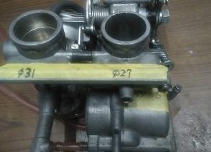 バイクレストア第8弾 SRX-6【9】エンジン搭載、火入れ式です。