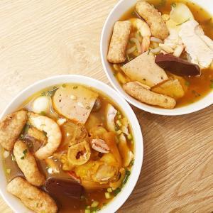 濃厚な味わいのとろみスープとぷるぷるタピオカ麺!『Banh Canh Cua Ut Le』をデリバリー