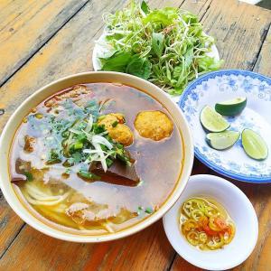BUN BO UT HUNG-透き通るスープの甘みが格別!ベトナム中部フエの名物麺【ブンボー/Bun Bo】食堂